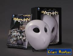 The Court of Owls (Mask and Book Set)
